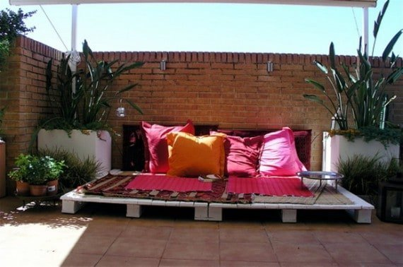 Outdoors Pallet Sofa