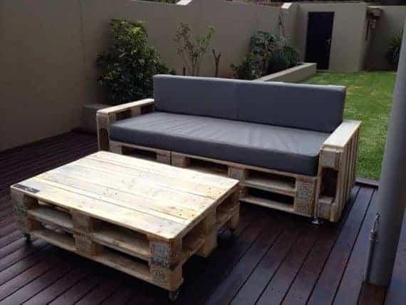 pallet-sofa