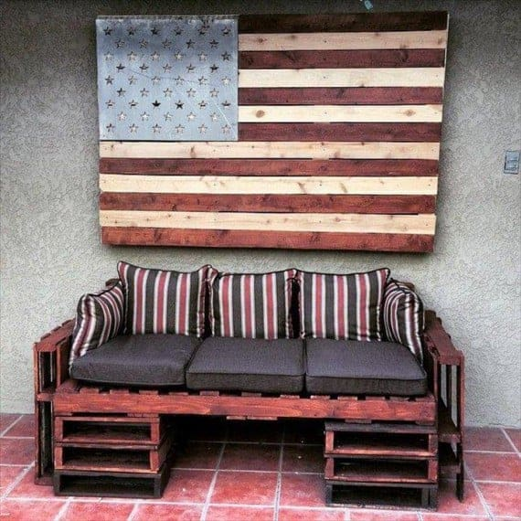 rustic-pallet-cushioned-sofa-with-storage