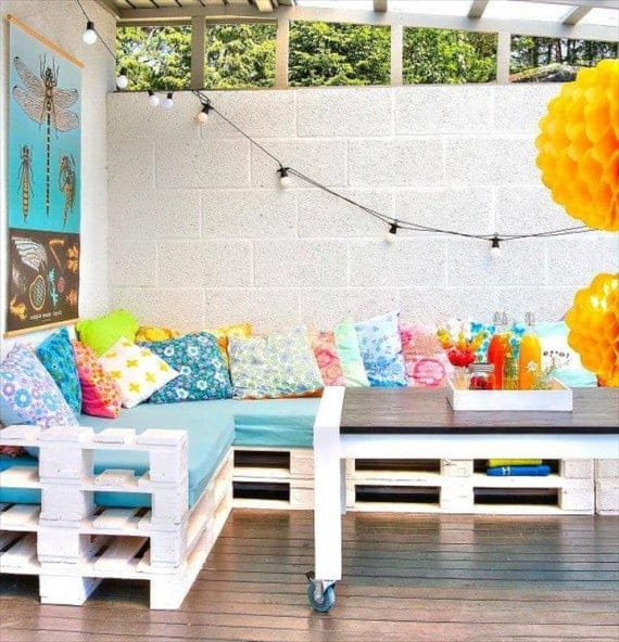 white-pallet-terrace-corner-sofa